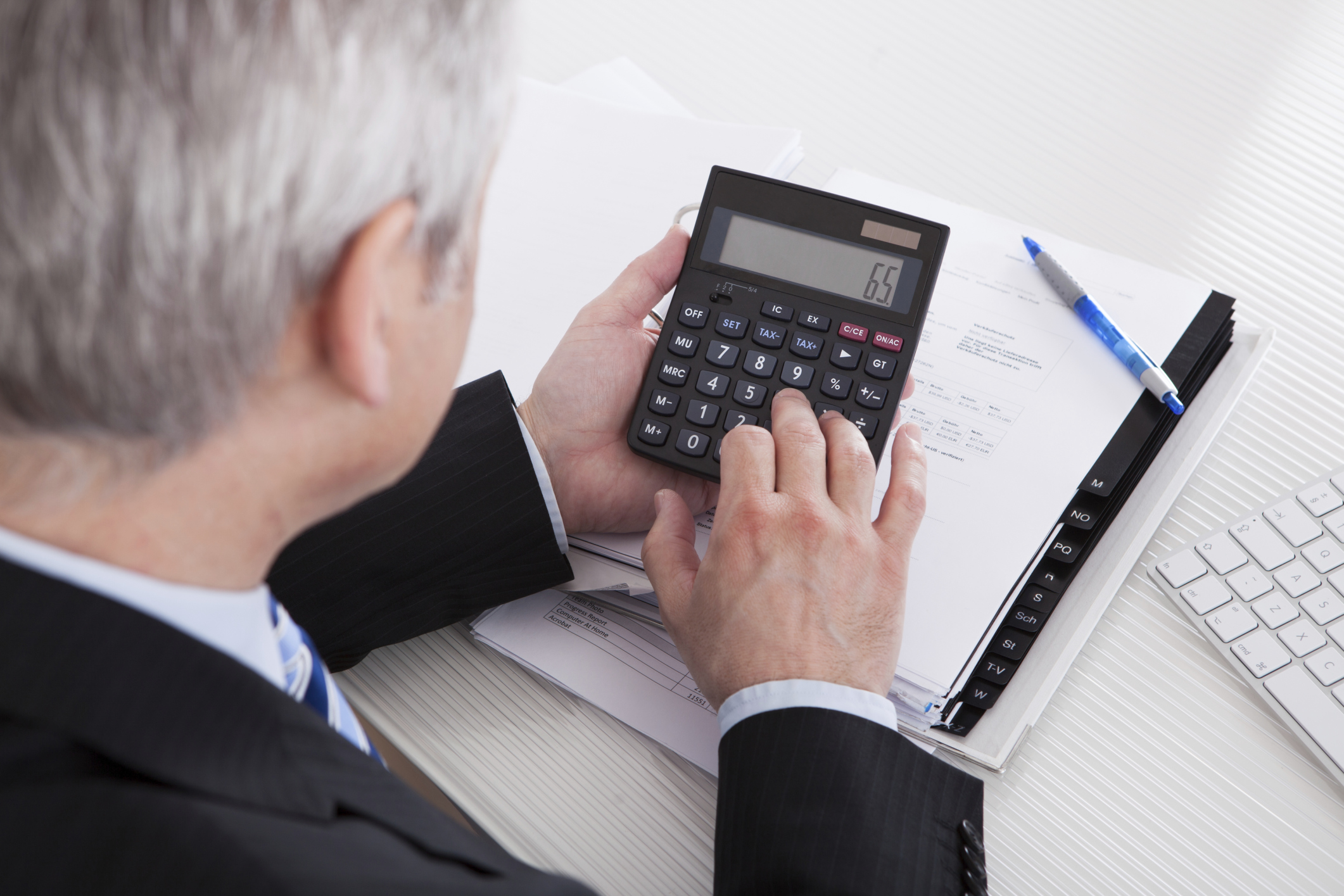 The Role of Accounting Management in Decision Making | Bizfluent