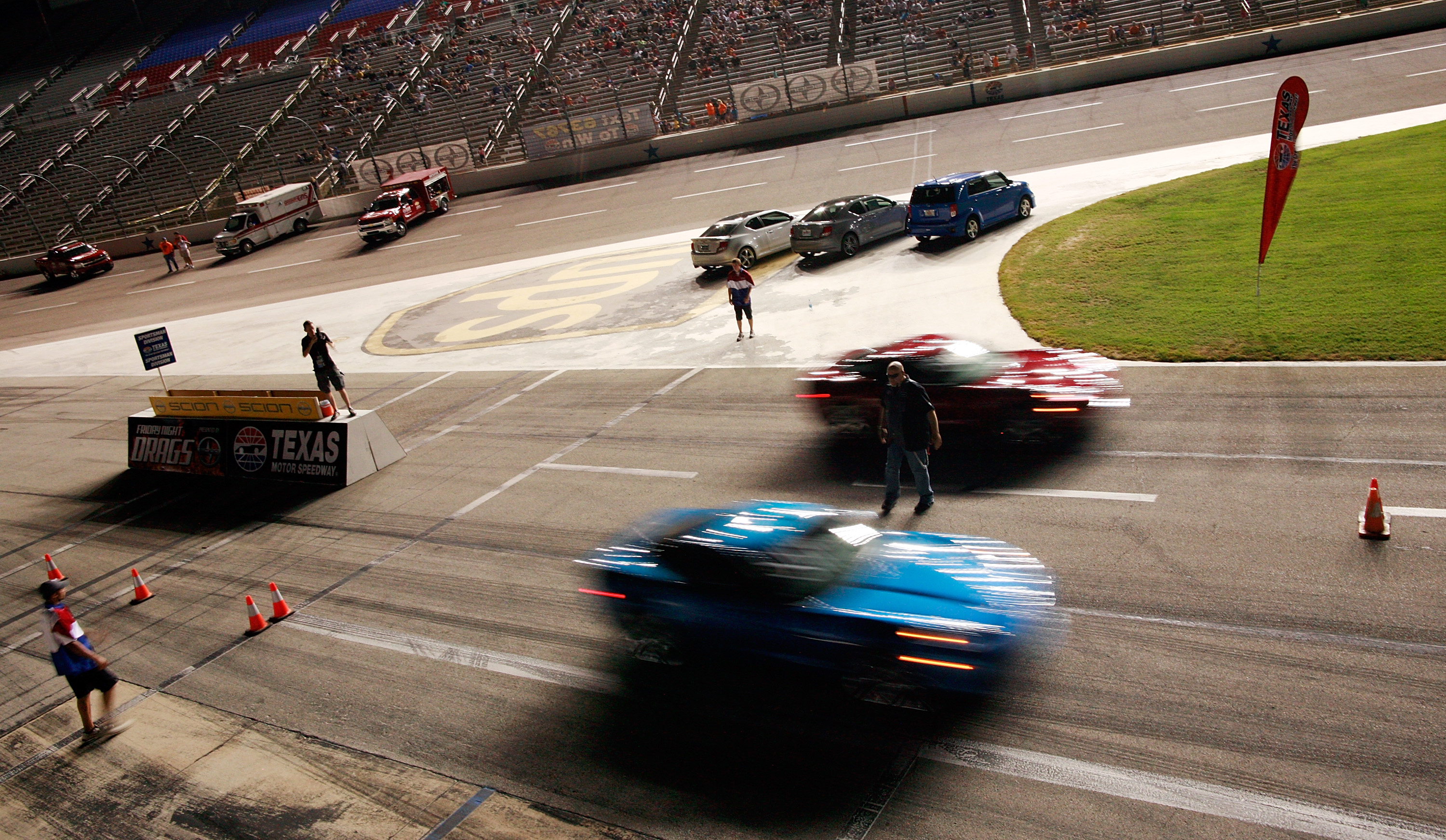 The Average Salary of a Professional Drag Racer | Career Trend