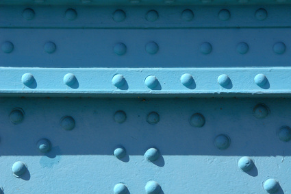 What is the Difference Between Cherrymax & Cherrylok Rivets?