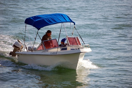 Causes of Overheating in Outboard Motors | It Still Runs