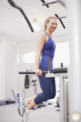 Substitutes for Dip Exercises | Chron.com