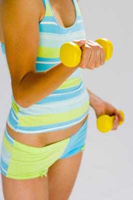 exercises to do with hand weights to build strong muscles