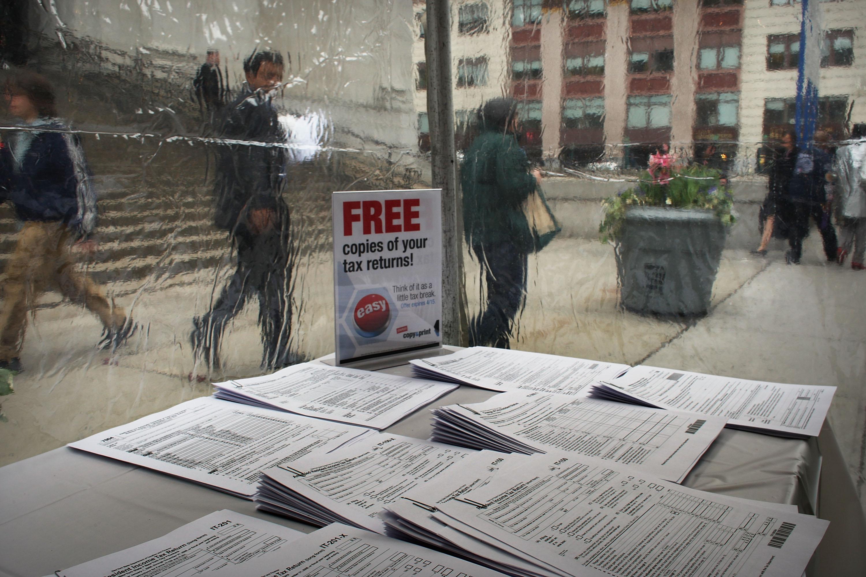 How Are Bonuses Taxed in Massachusetts?
