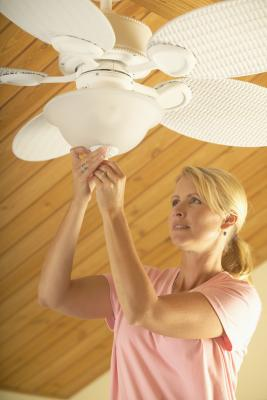 How To Run Ceiling Fans In Enclosed Rooms Home Guides Sf Gate