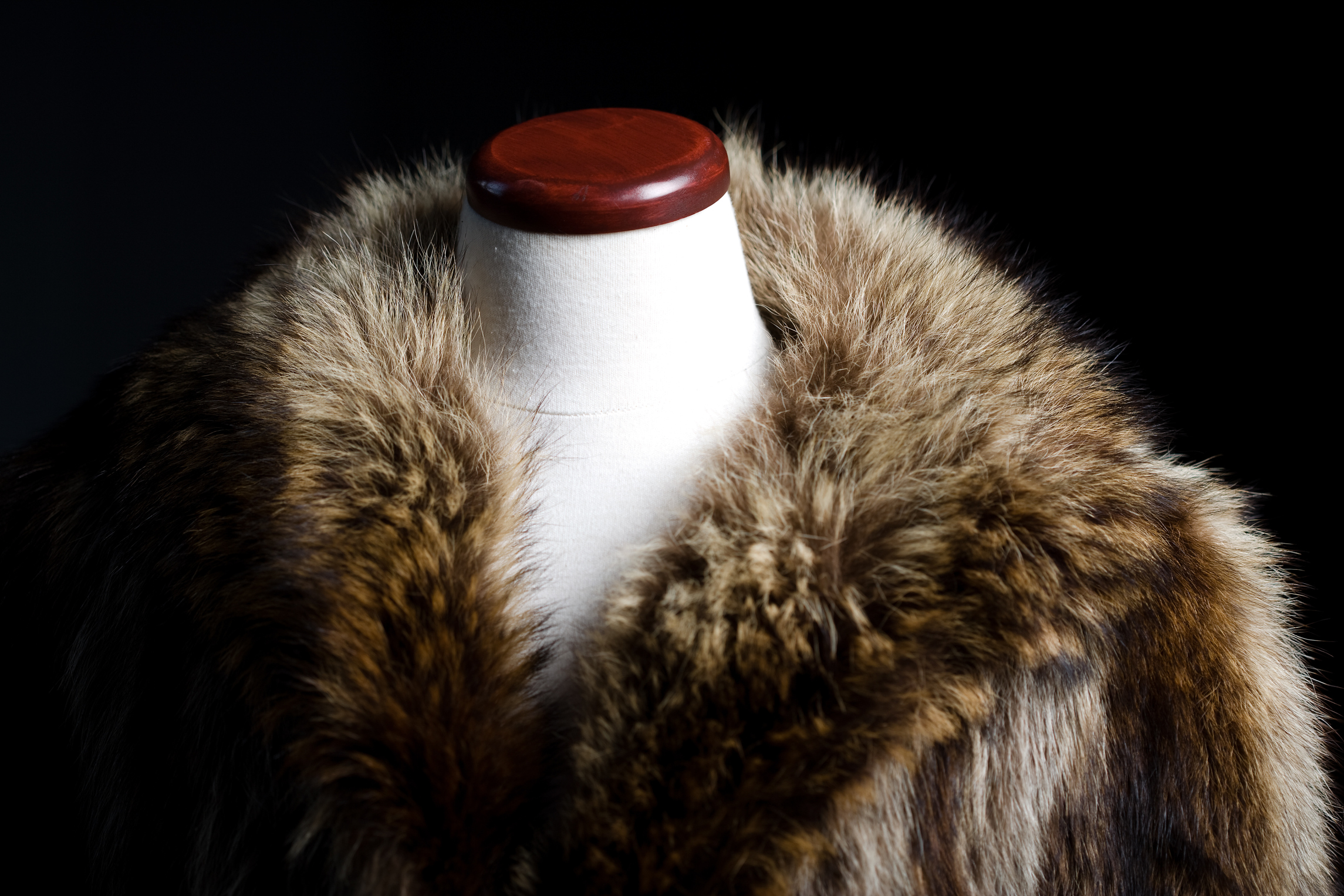 How To Identify Furs, How Do You Tell What Kind Of Fur Coat Have