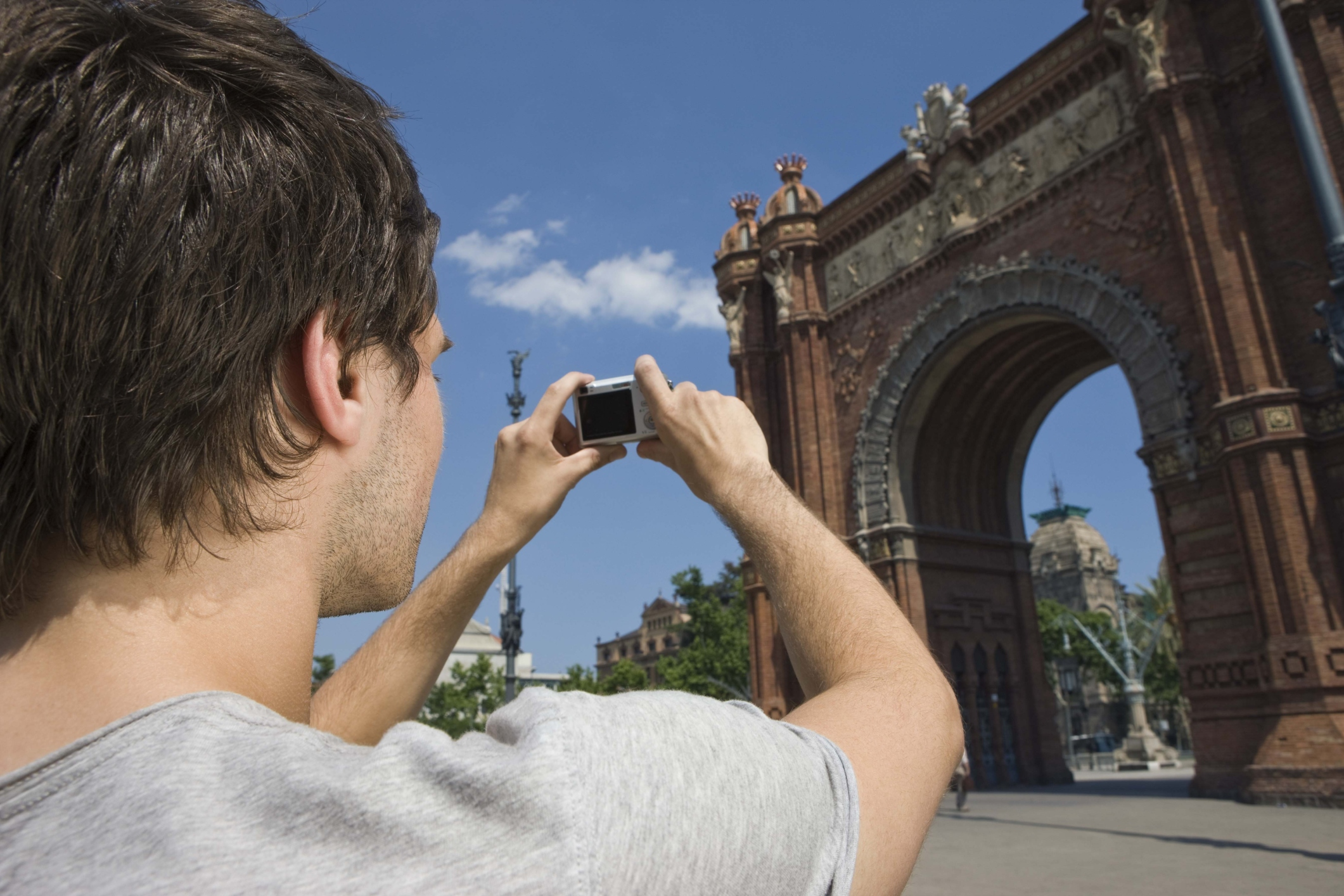 Travel Guide To Europe For A Single Man