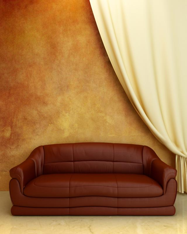 Charmant What Color Curtains Go With A Deep Burgandy Sofa And Recliner? | Home  Guides | SF Gate