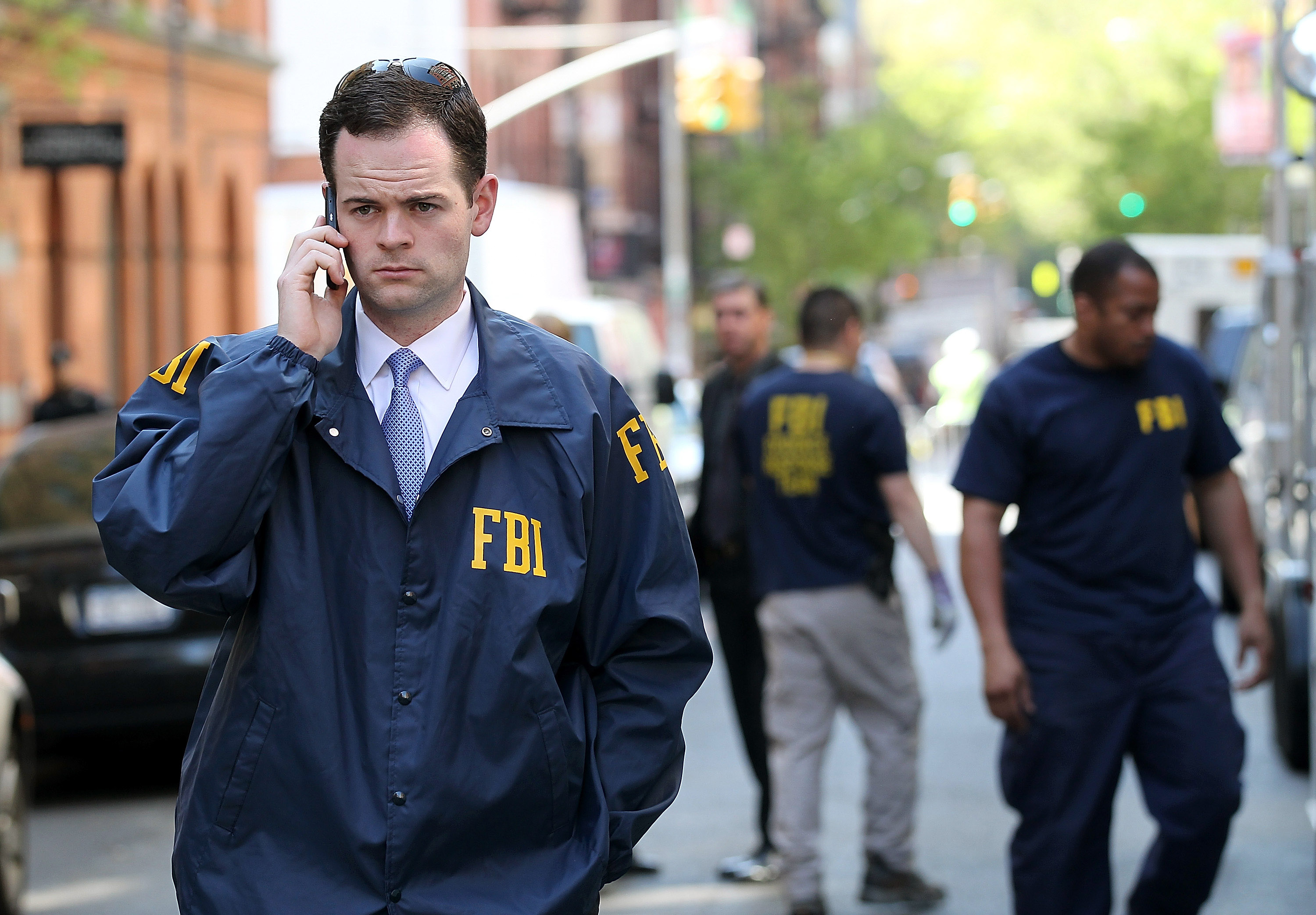 How Much Does an FBI Agent Make Per Year? | Bizfluent
