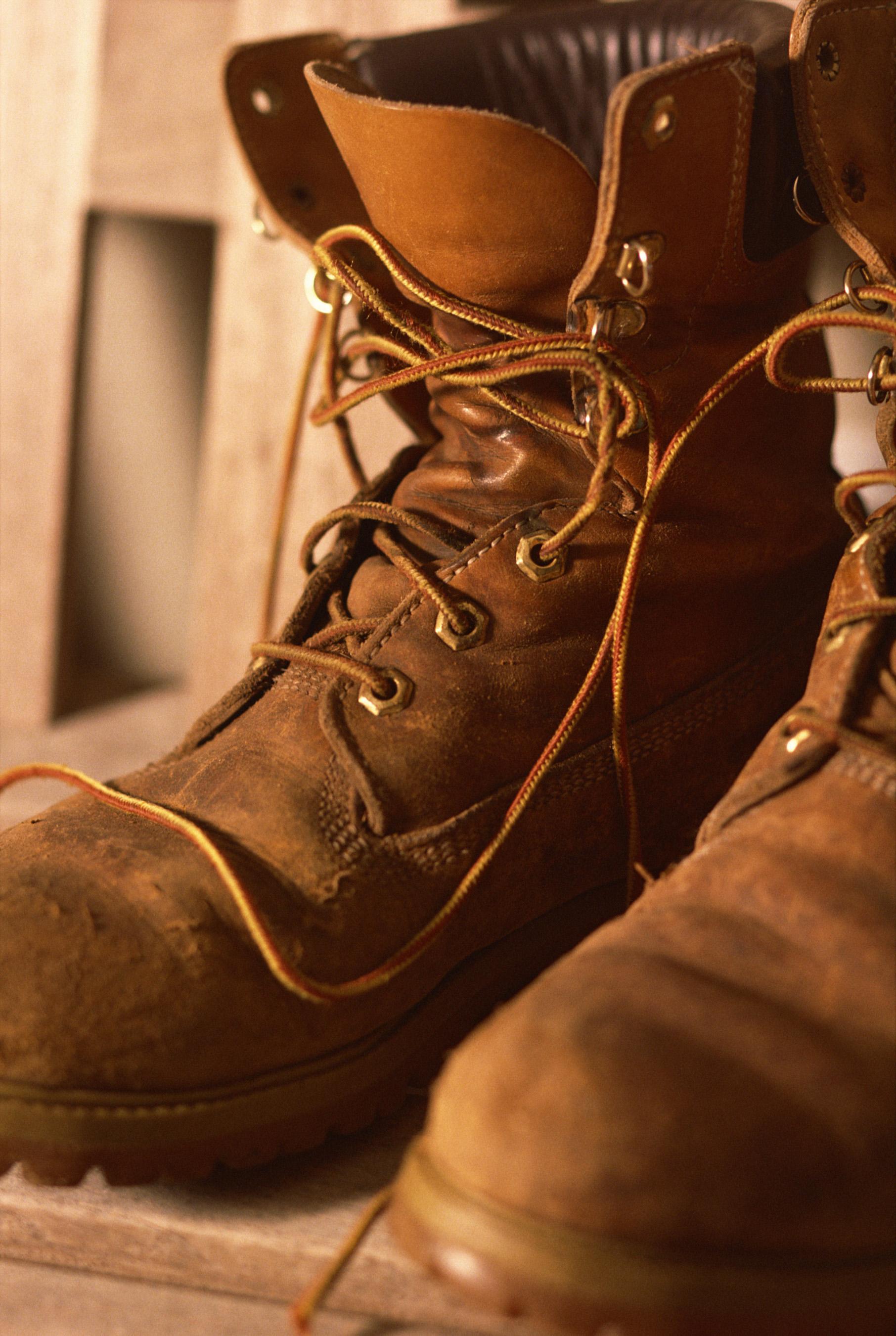 Estación de ferrocarril Malgastar medida  Cómo limpiar mis botas Timberland después de varios años de uso