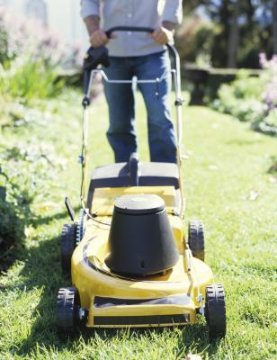 How to Get Lawn Mowing Customers | Chron com
