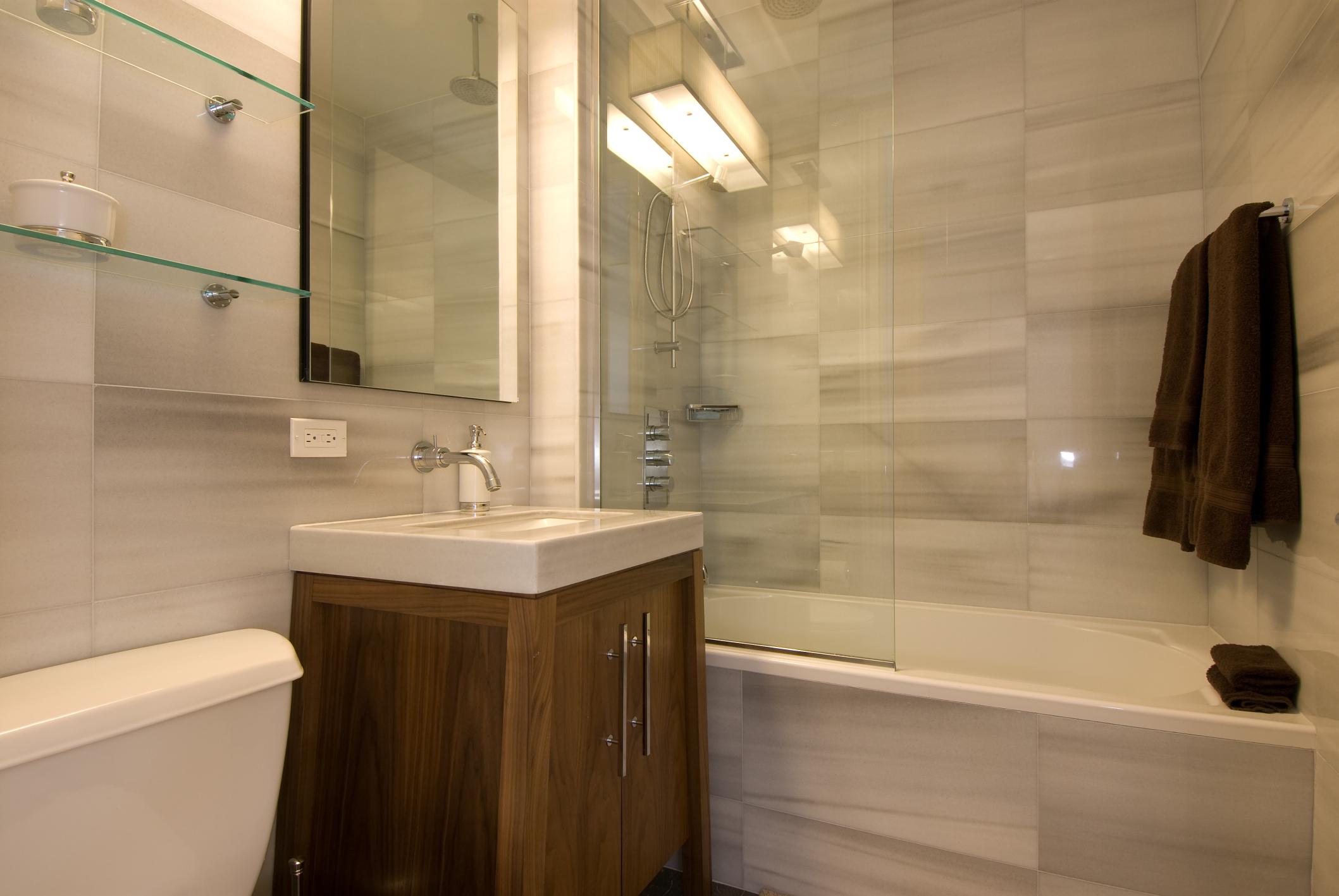 Shower And Tub Ideas For A Small Bathroom Homesteady