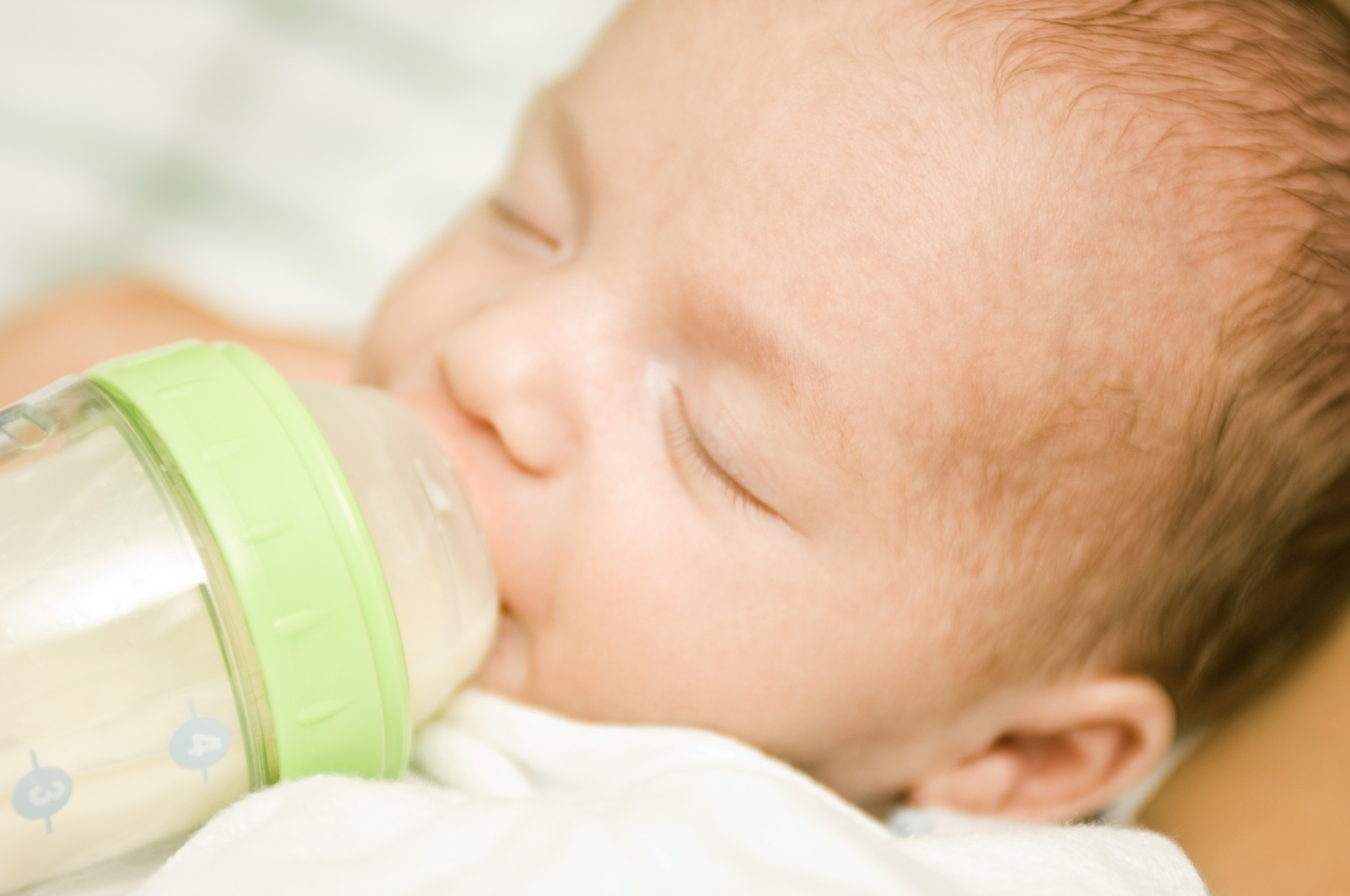Signs & Symptoms of Malnutrition in Babies