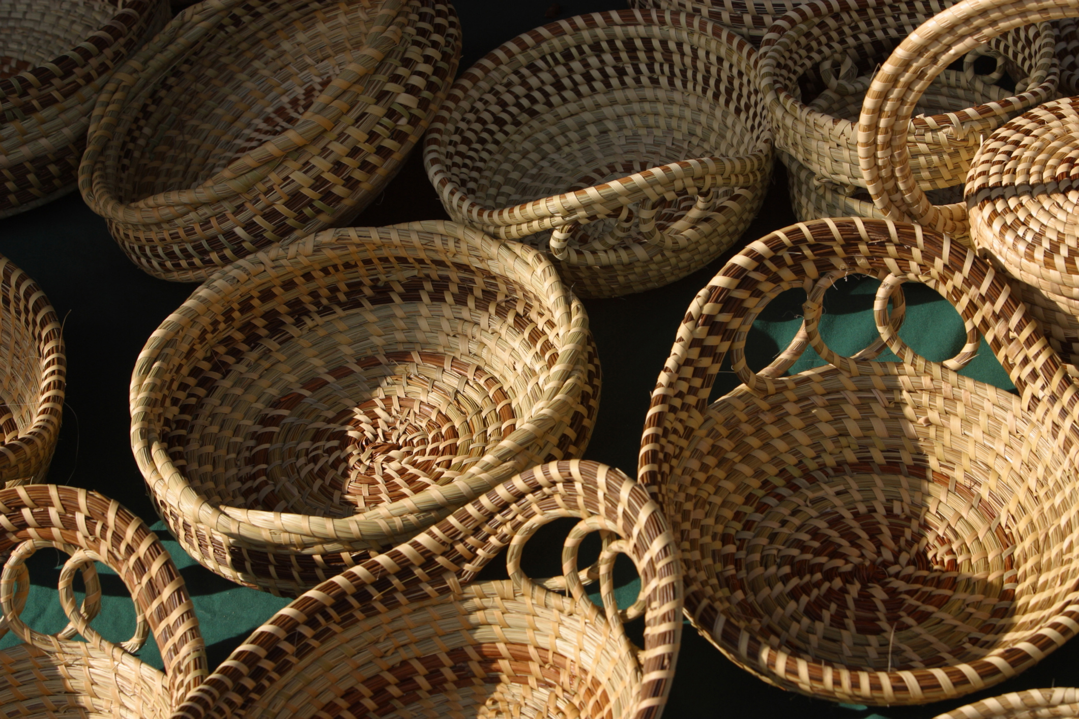 How to Decorate the Front Porch With Baskets | Home Guides ...