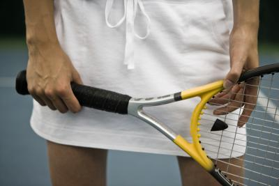 Placement Of The Shock Absorber In A Tennis Racket Live Healthy Chron Com
