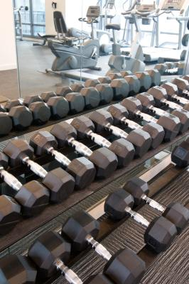 Weight Training With Dumbbells & Exercises for the Back | Chron com