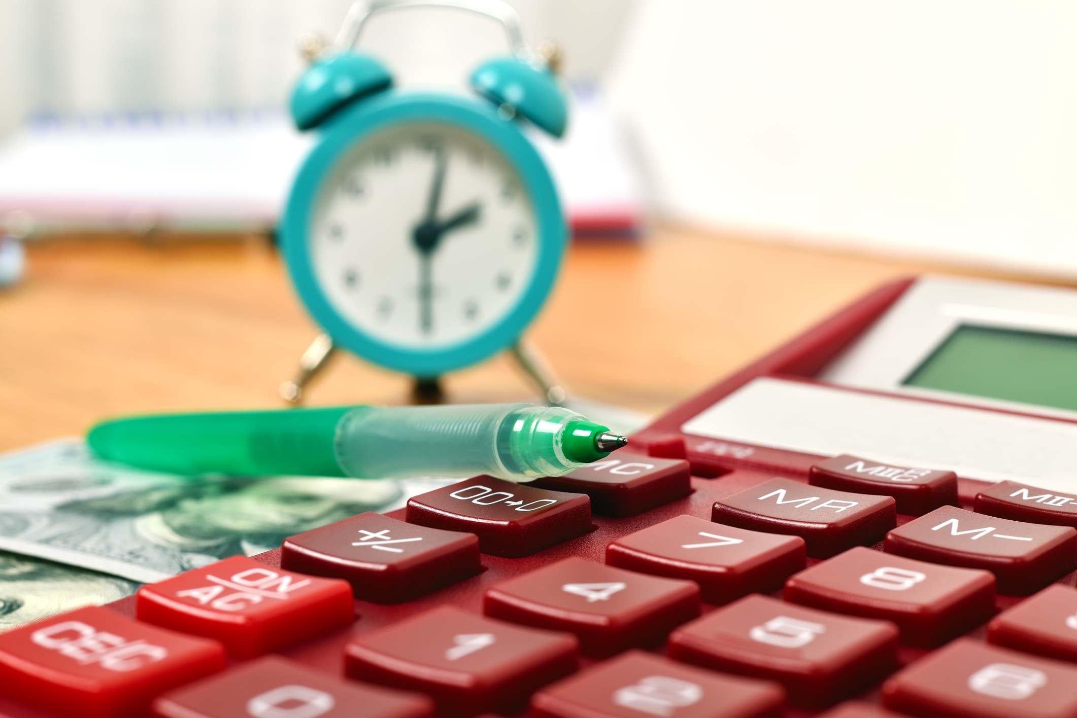 How to Calculate Hours Worked for Employees | Bizfluent