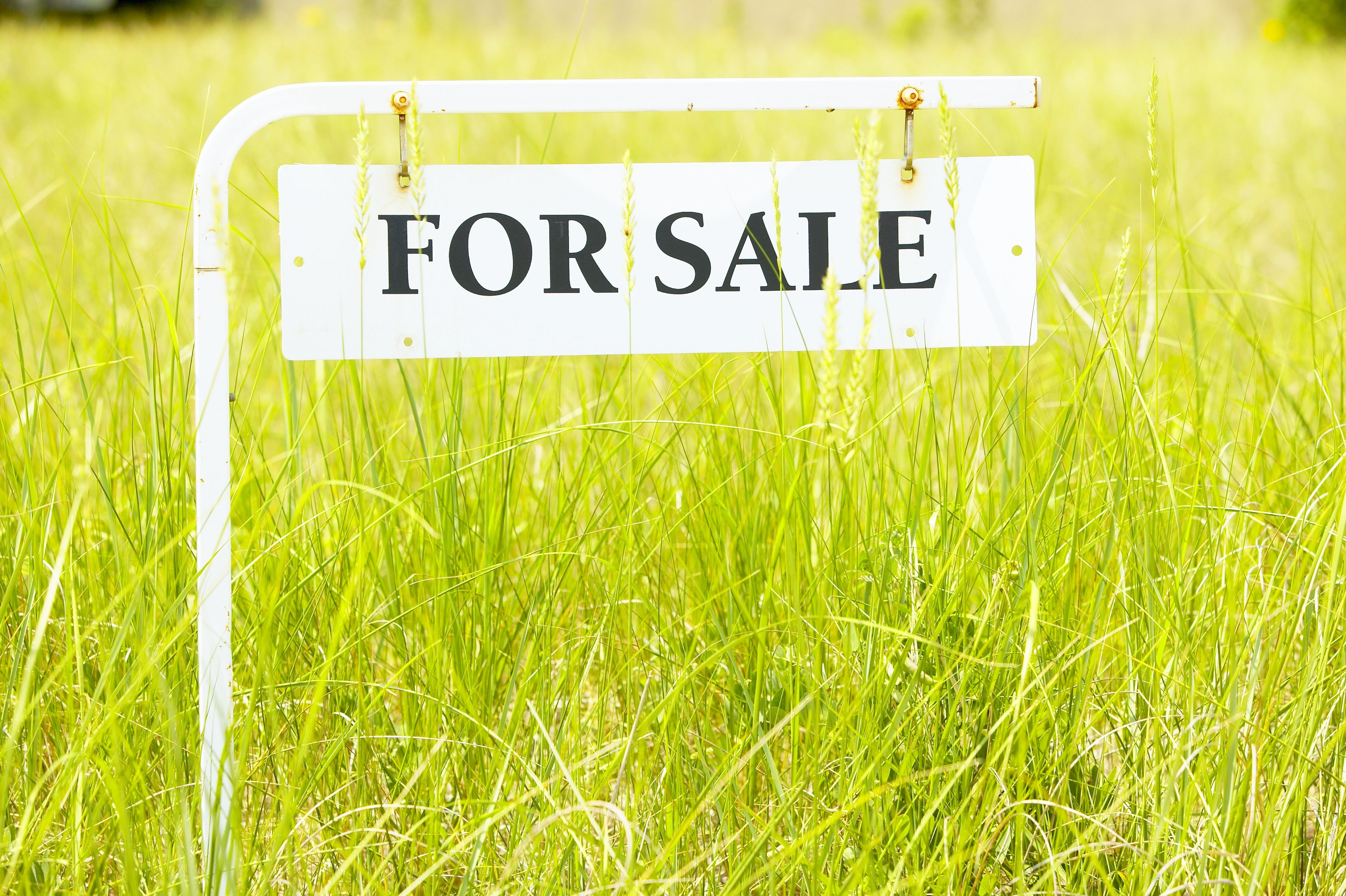What Is the Down Payment Required to Buy Land? | Home Guides