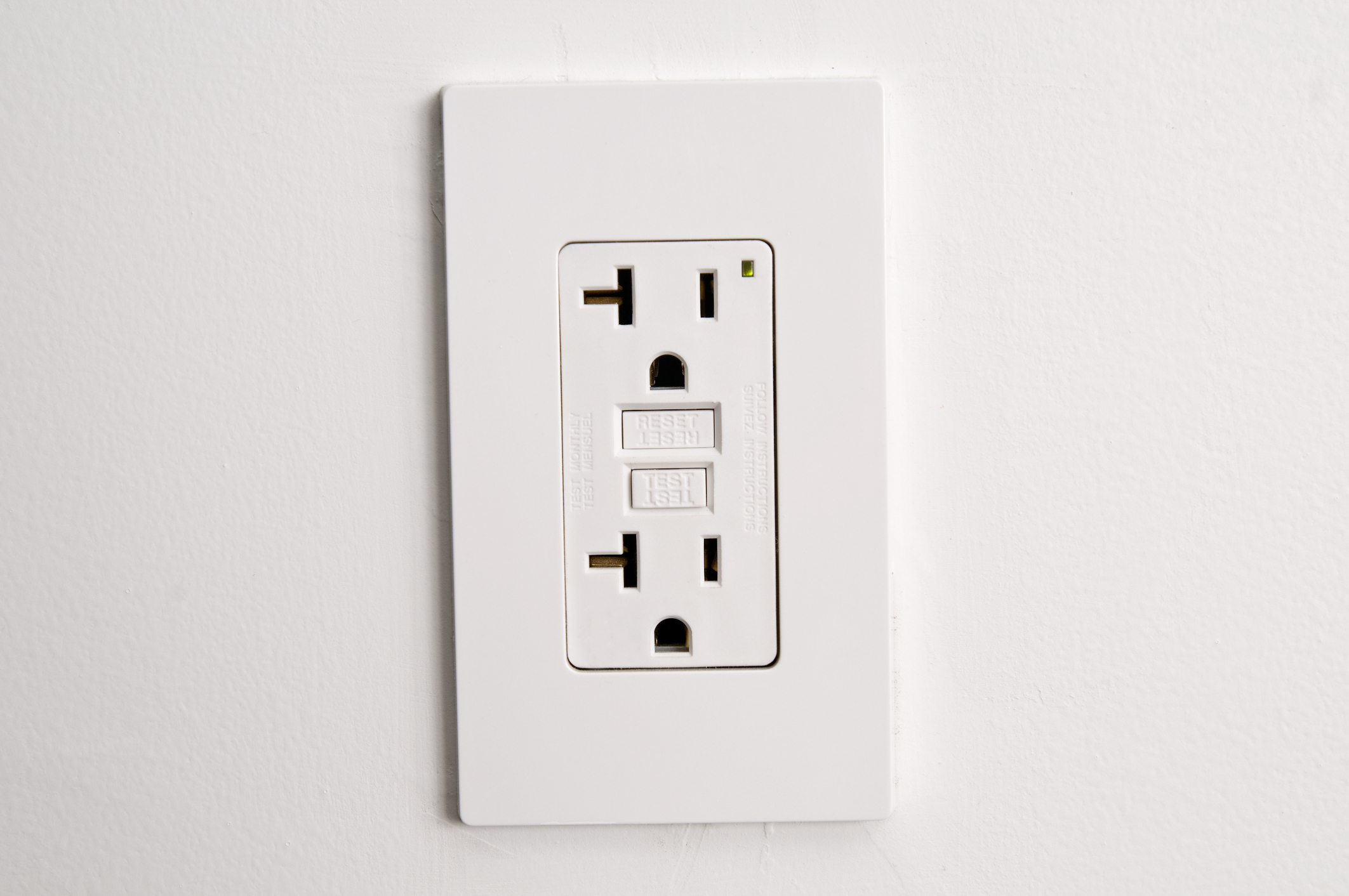 No Power To The Outlet But Breaker Is Fine Ehow Electrical Wiring Of Outlets