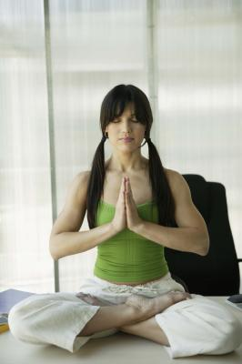 sitting yoga to strengthen hamstrings  glutes  healthy