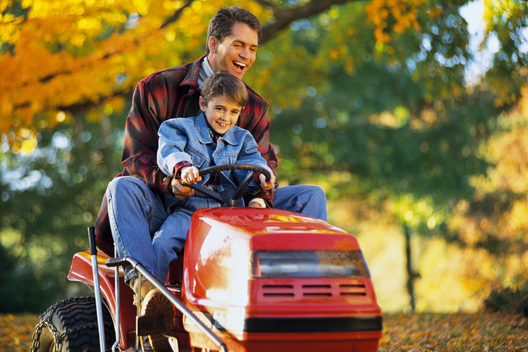 How to Install Lights on a Mower | Garden Guides