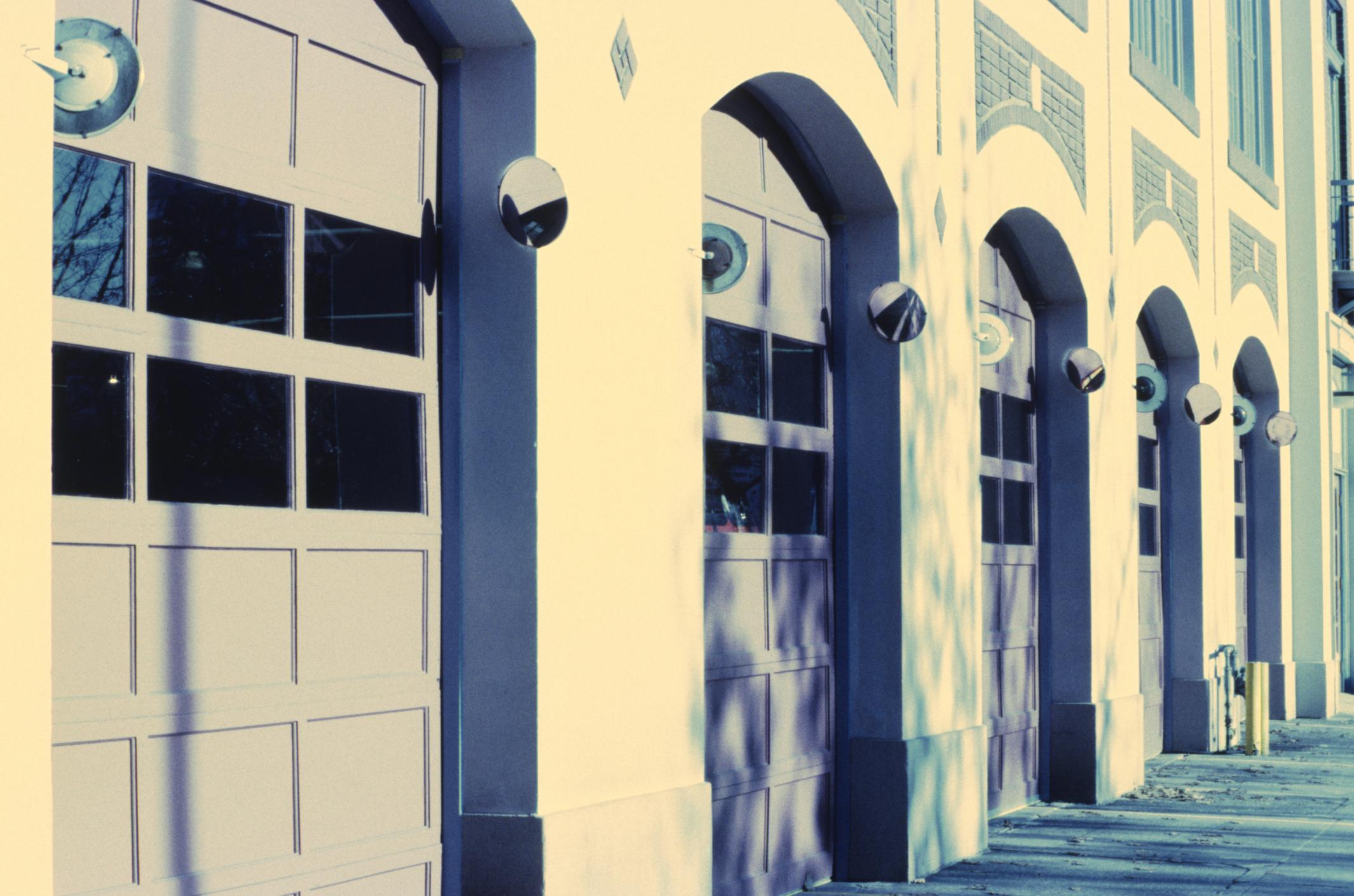 How To Open A Garage Door Business Bizfluent