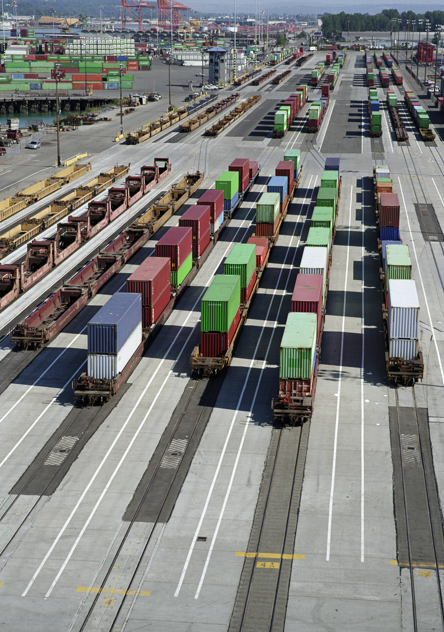 Who Pays the Freight Cost When the Terms Are FOB Destination