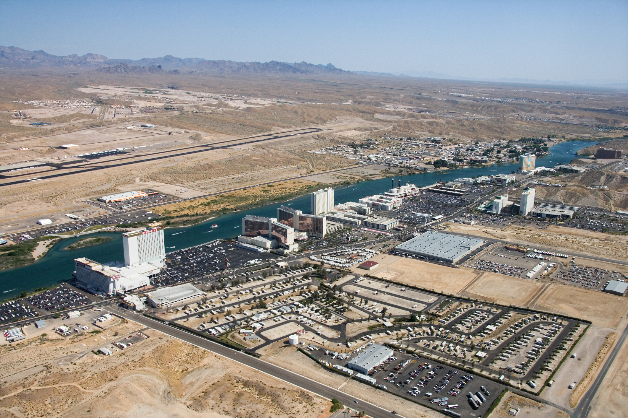 Which Airlines Fly Into Laughlin, Nevada? | USA Today