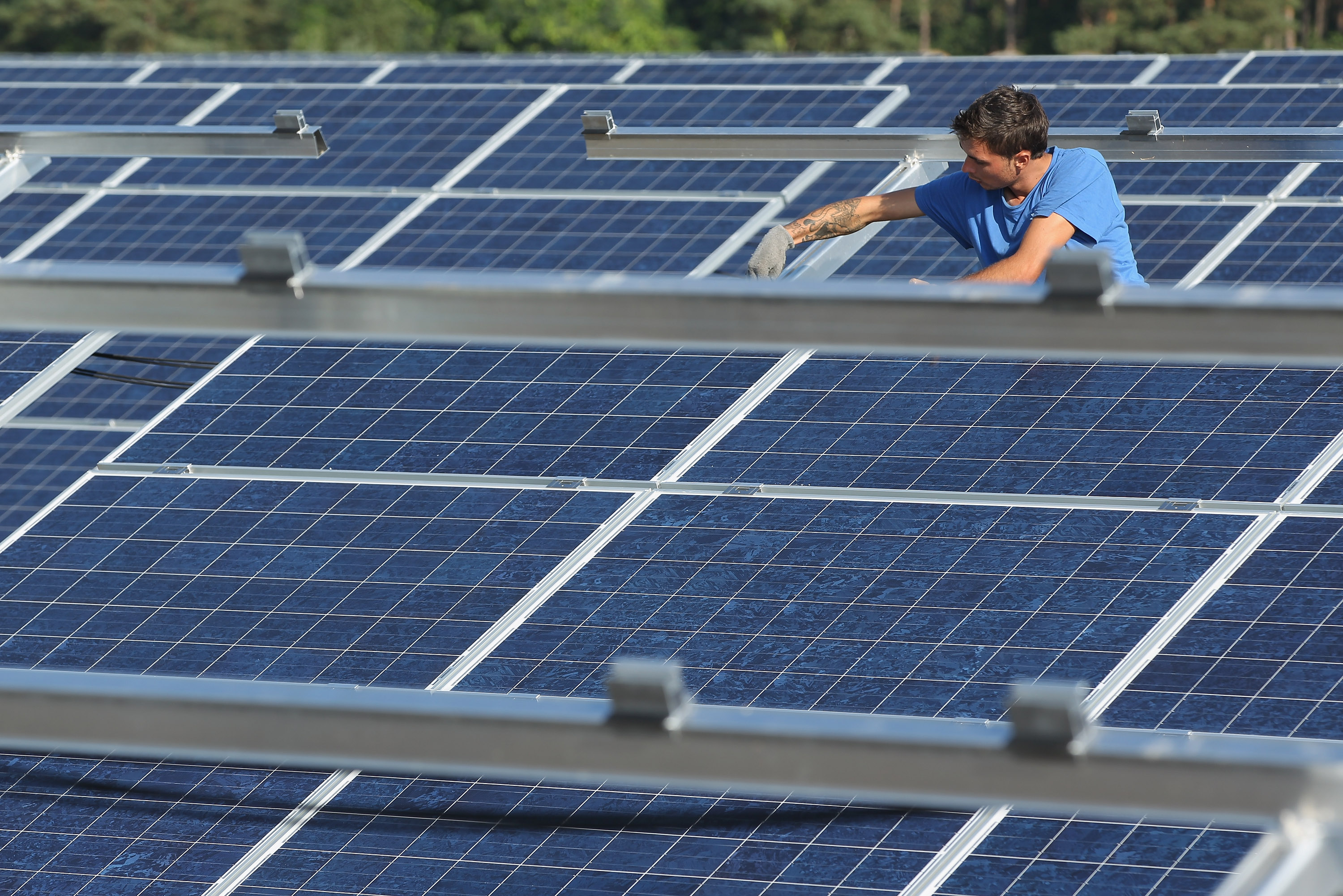 How to Sell Solar Power Into Your Grid and Make Money