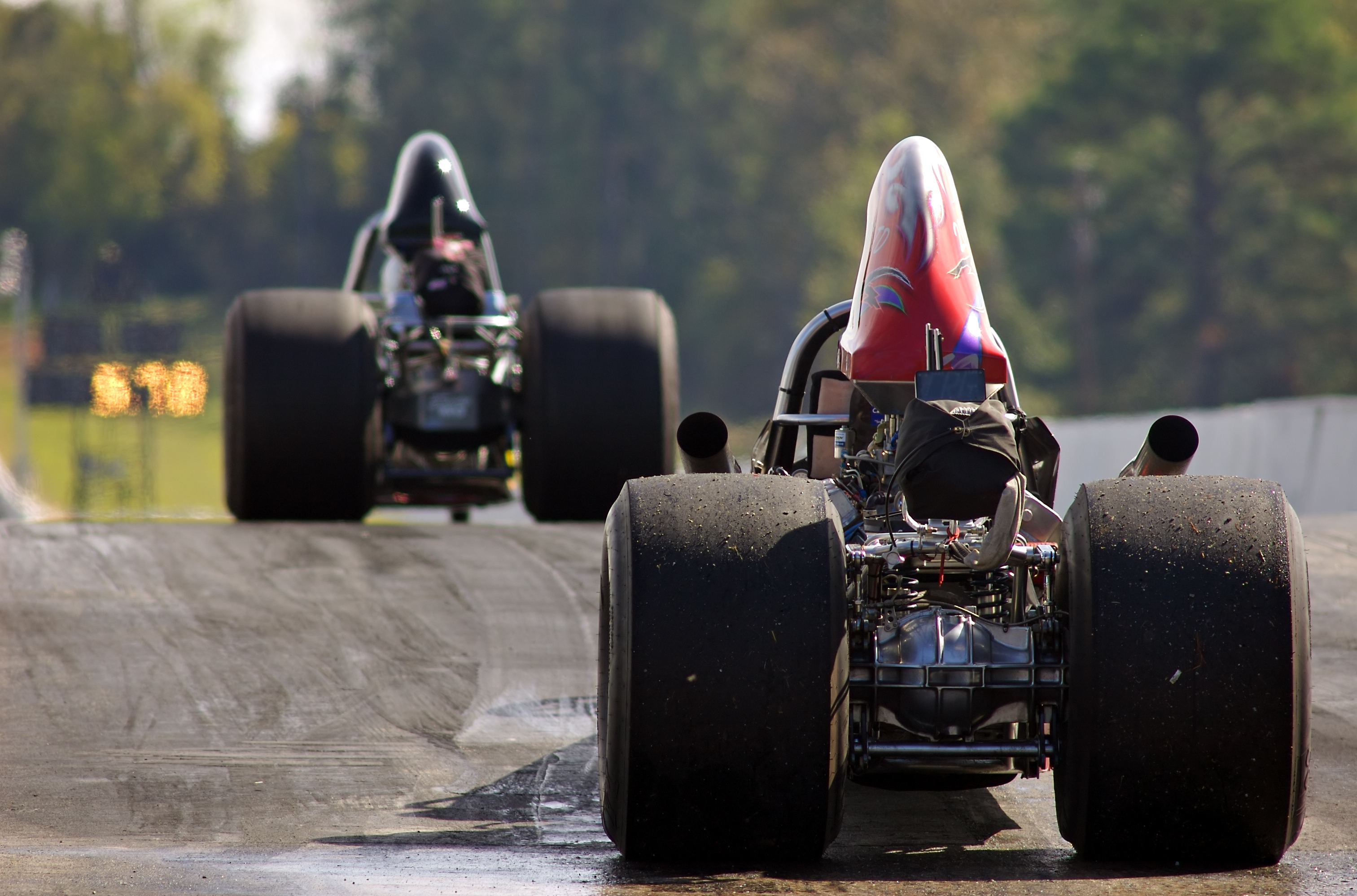 Average Salary for a Top Fuel Engine Builder | Bizfluent