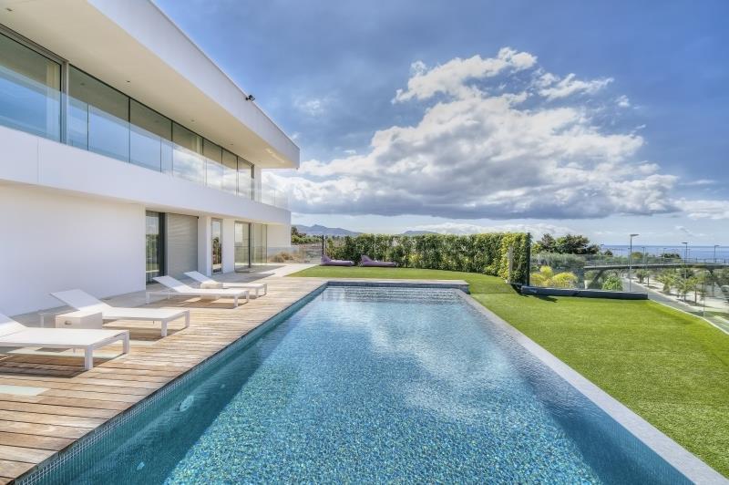 Pool Refinishing: Pebbles Vs. Plaster | Home Guides | SF Gate