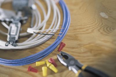 Wiring Attic Fan Thermostat Diagram from photos.demandstudios.com