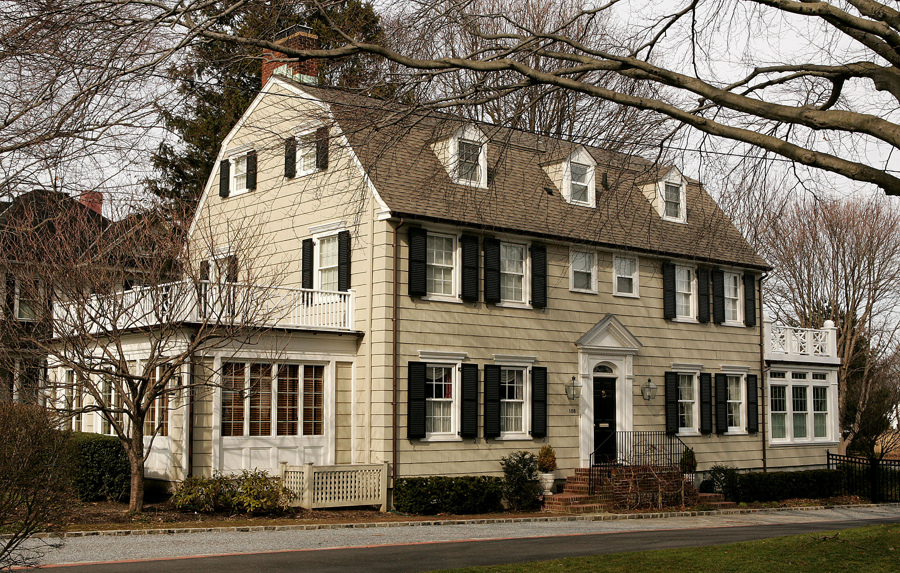 Haunted Houses In Amityville New York