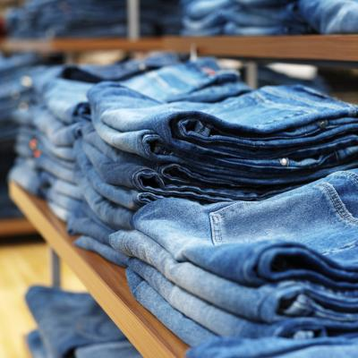 nuovi stili 310b4 5d3c7 How to Display Jeans in a Retail Store | Chron.com