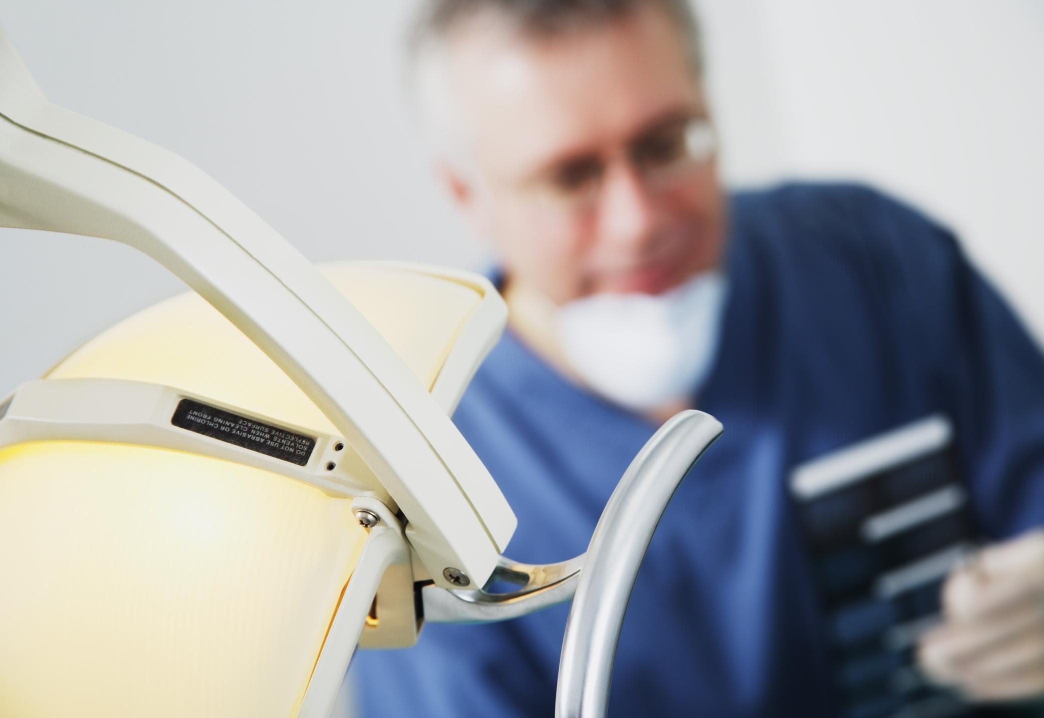 Oral surgeon income — 15