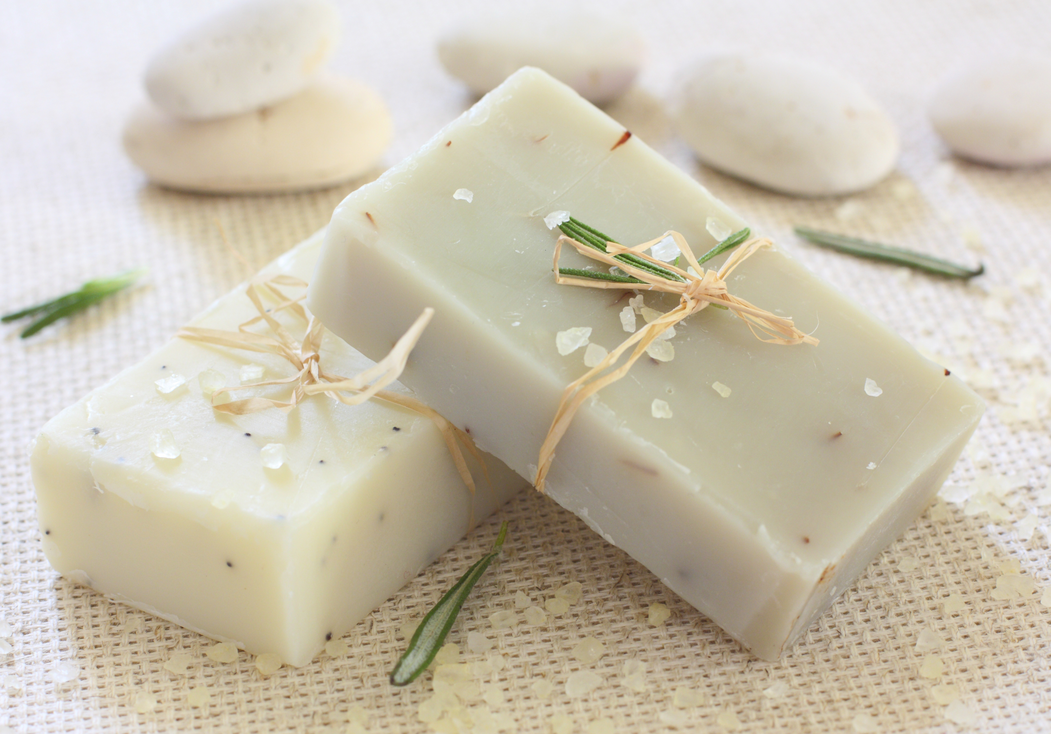 How Do You Make Homemade Hypoallergenic Soap Leaftv