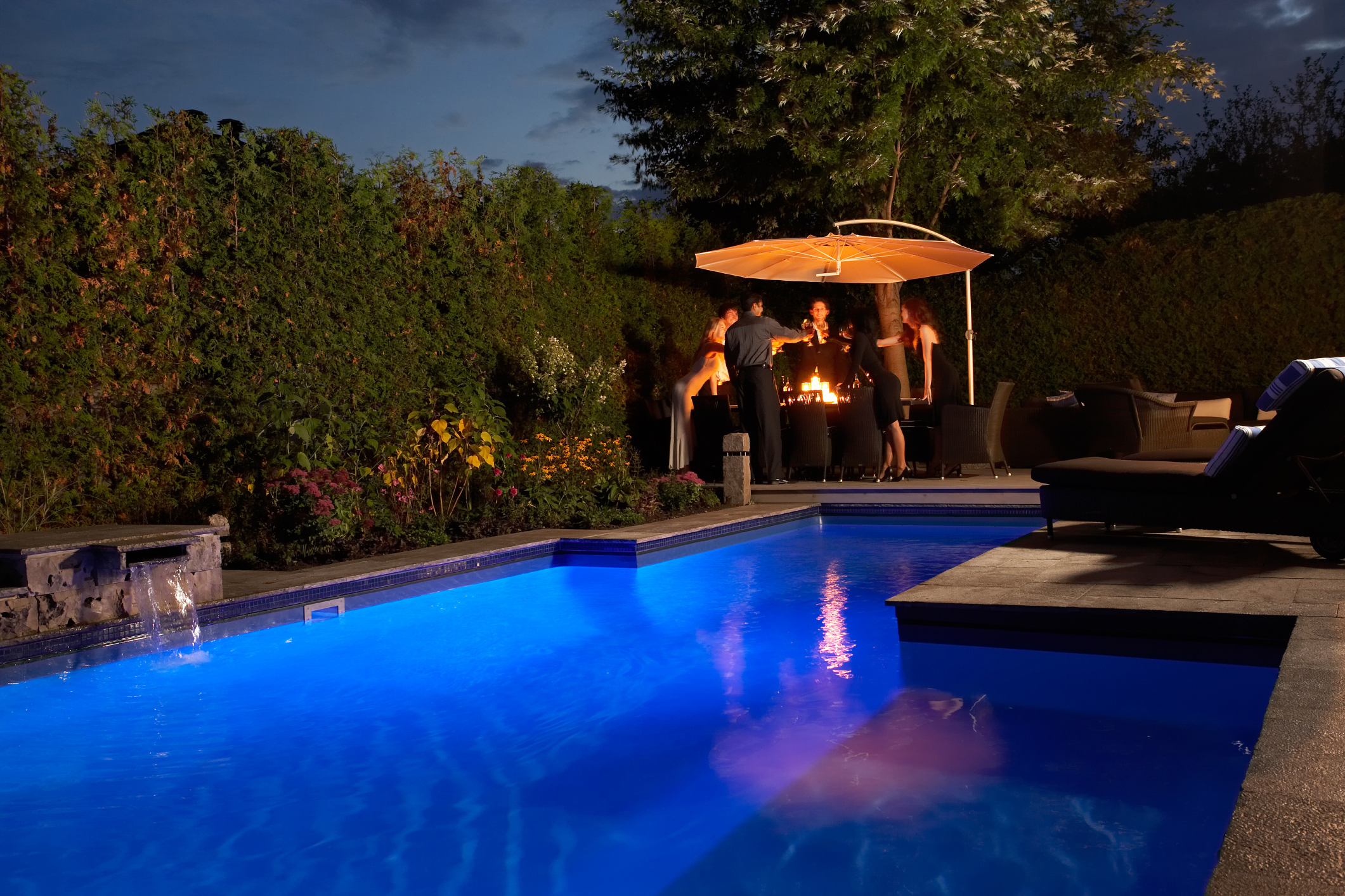 How to Make a Pool Glow | Garden Guides