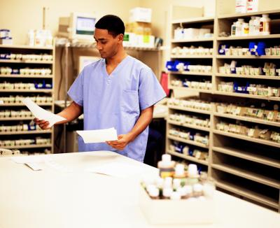 How Long Does It Takes To Become A Pharmacy Technician